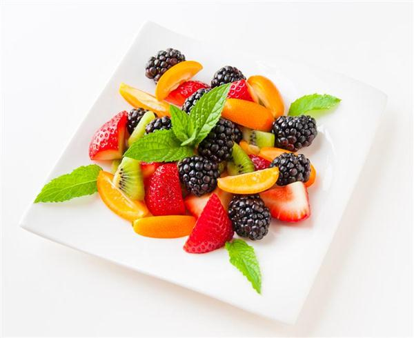 Salad-With-Fresh-Fruits-And