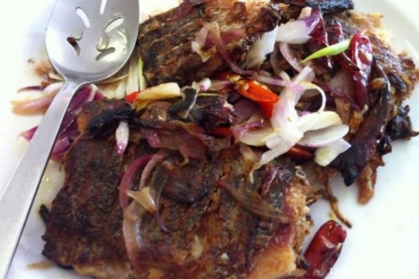 pickled-fish-crisp-fried