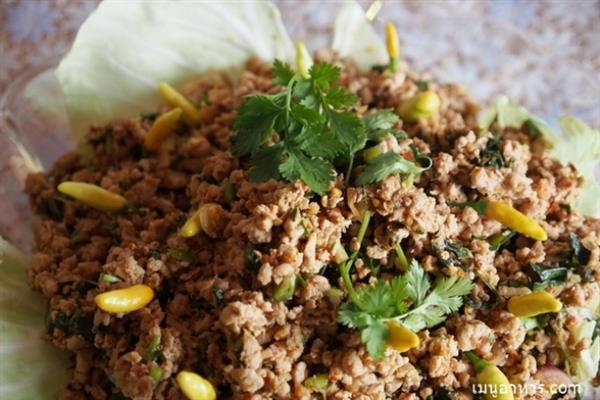 spicy-minced-catfish-salad1