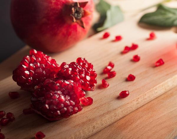 สุดยอดผลไม้สีแดง คุณสมบัติร้อนแรง ..กินต้านมะเร็งได้