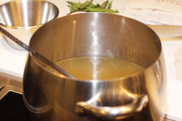 วิธีในการทำน้ำซุปบะหมี่ให้อร่อย