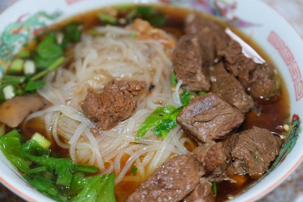 Thai-pork-noodle