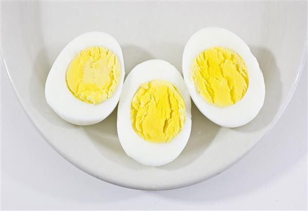 วิธีผ่าไข่ต้ม