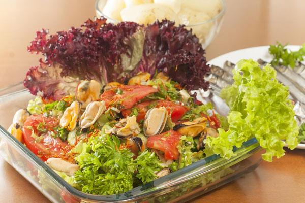 salad-mussels